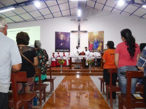 La fiesta de san Vicente Pallotti congregó a los fieles de Lima y Vilcashuamán